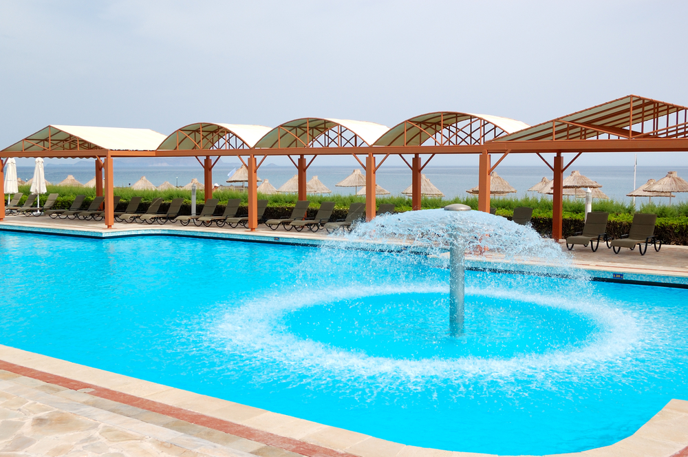 5 idées d'aménagement design et modernes pour votre piscine